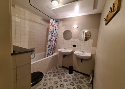 de koeberg - kalverstal - badkamer 3